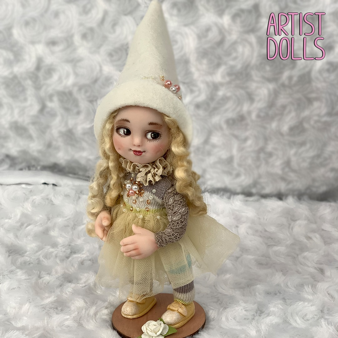 Vera Artist Dolls by Anna Mary Shortle