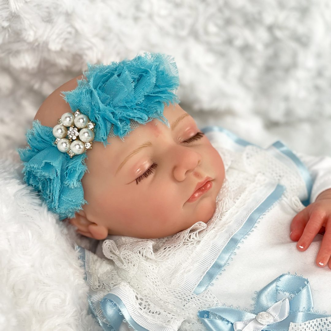 Emilia Reborn Baby Doll Mary Shortle 1-min (1)