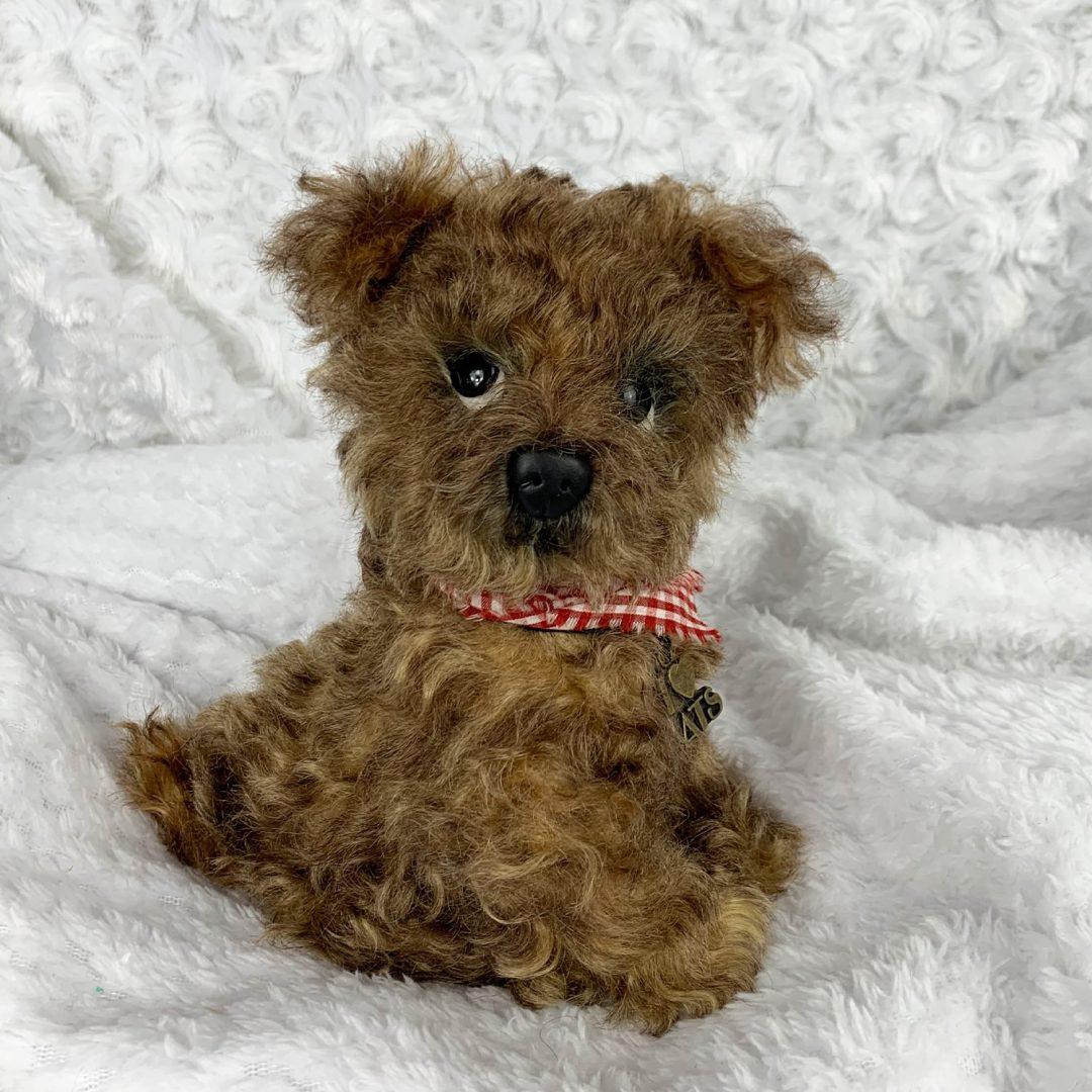 Rufus Artist Puppy-min (2)